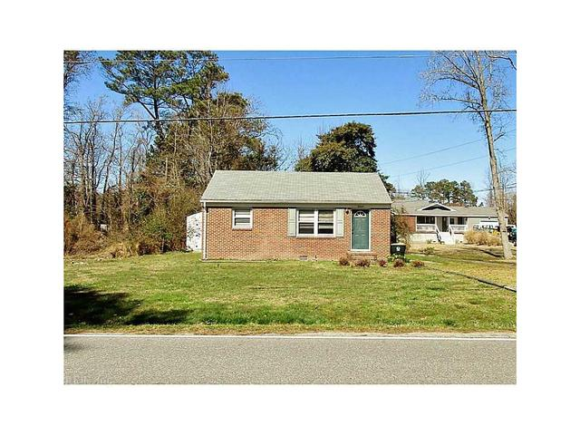3905 Seaford Rd, Seaford, VA 23696