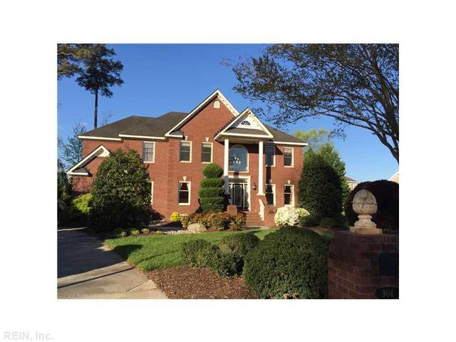 904 Poquoson Cir, Chesapeake VA 23320