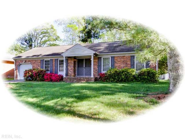 220 Shadywood Dr, Newport News VA 23602