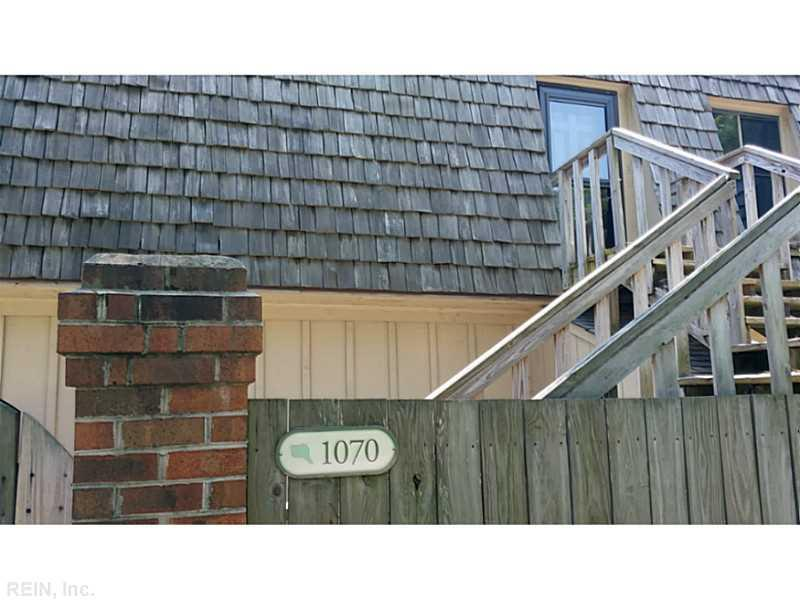 1070 Ocean Pebble Way, Virginia Beach, VA 23451