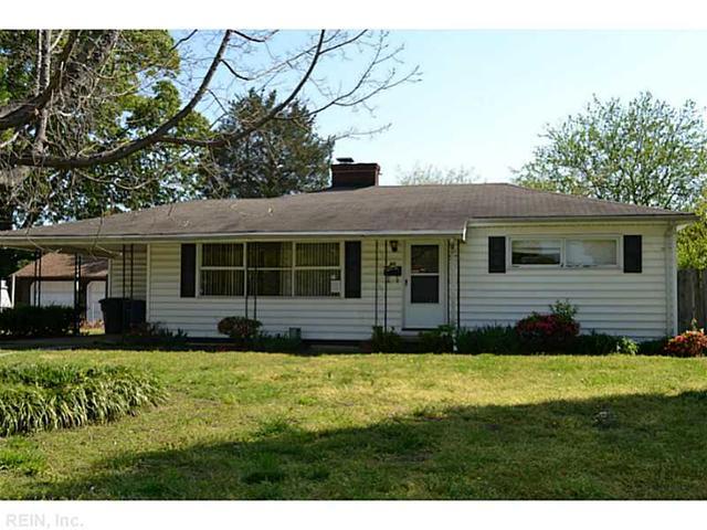 34 Oxford Rd, Newport News VA 23606