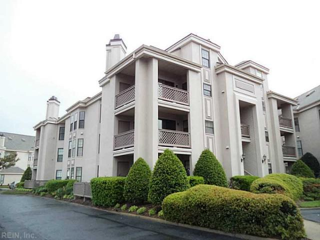 423 Harbour Pt #APT 305, Virginia Beach, VA