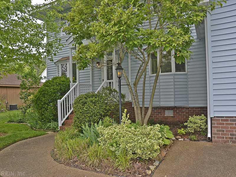 1945 Pine View Avenue, Virginia Beach, VA 23456