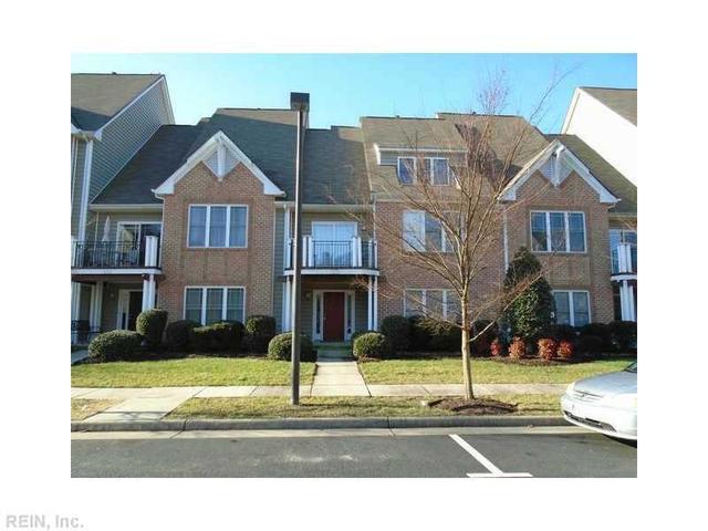 1215 Avondale Ln, Newport News VA 23602