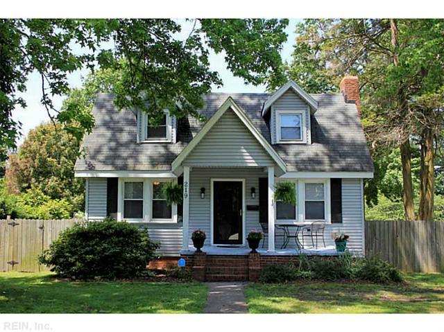 219 Algonquin Rd, Hampton VA 23661