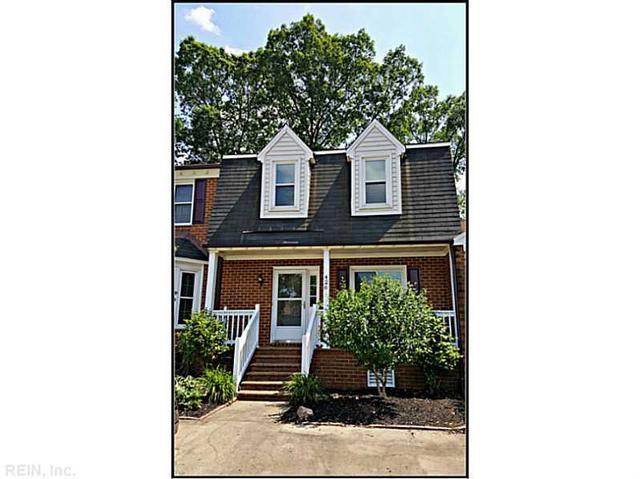 426 Middle Oaks Dr, Chesapeake VA 23322
