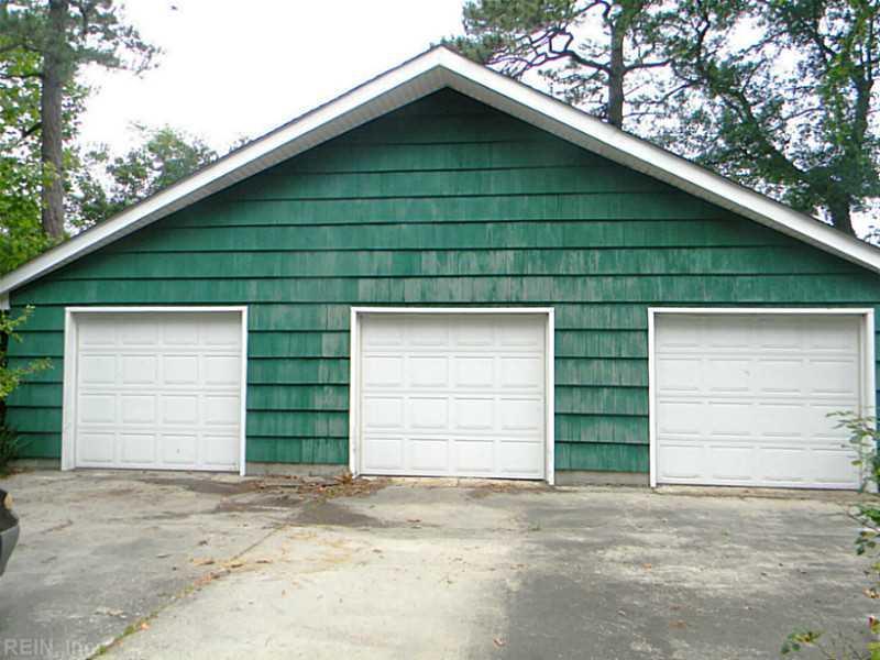 907 Edgewood Avenue, Chesapeake, VA 23324