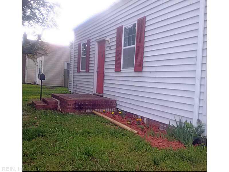 27 Old Fox Hill Road, Hampton, VA 23669
