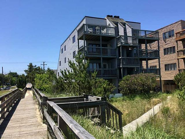 1878 E Ocean View Ave #B Norfolk, VA 23503