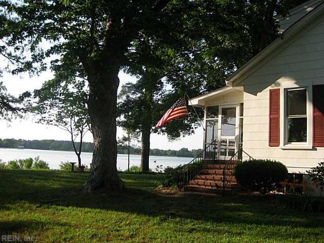 1705 Calthrop Neck Rd, Yorktown, VA 23693