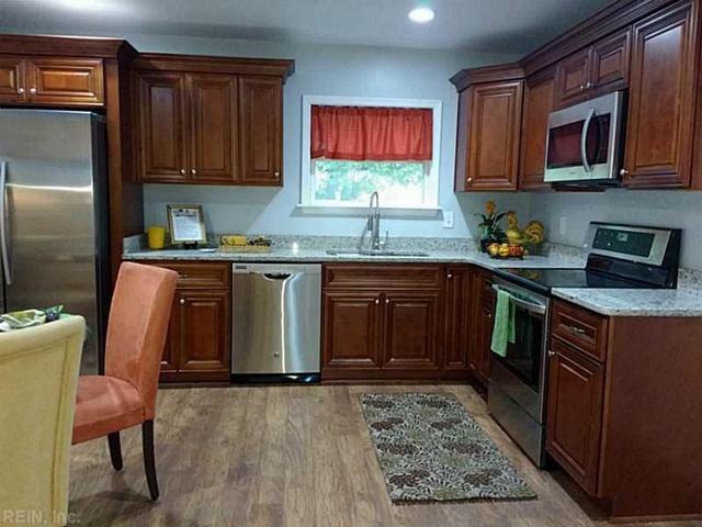 902 Quash St, Hampton, VA 23669