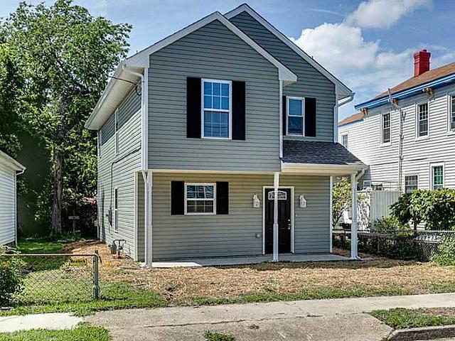306 S Hope St, Hampton, VA 23663