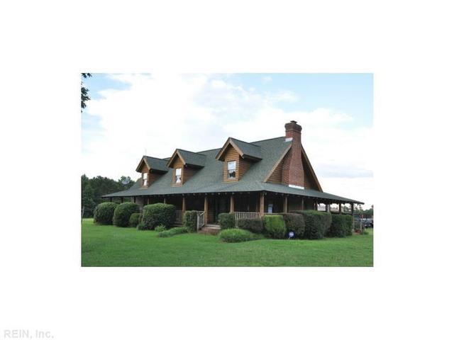 8353 Pineview Rd, Suffolk, VA 23437