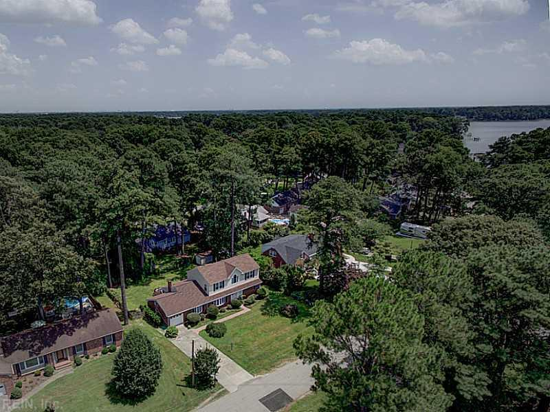 2417 Sterling Point Drive, Portsmouth, VA 23703