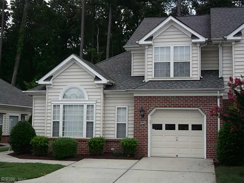 4557 Carriage Dr, Virginia Beach, VA 23462