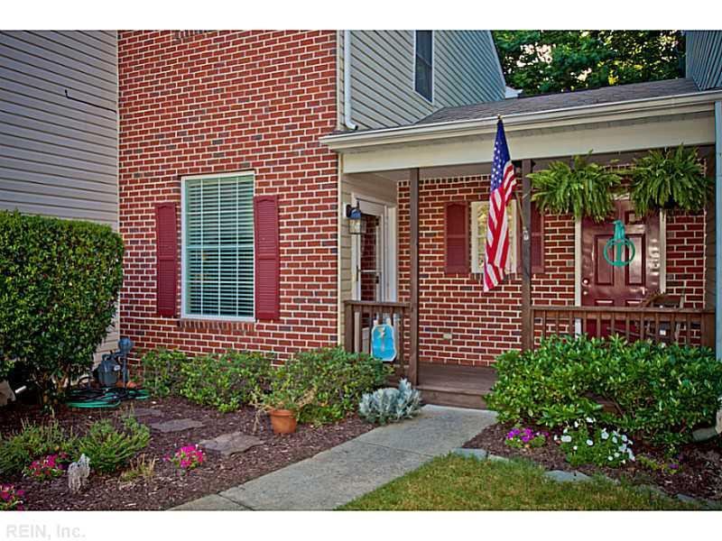 145 Creekshire Crescent, Newport News, VA 23603