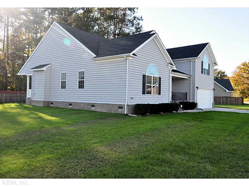 816 Dawson Circle, Chesapeake, VA 23322