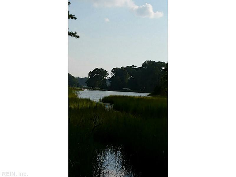 120 Stillwater Ln, Yorktown, VA 23692