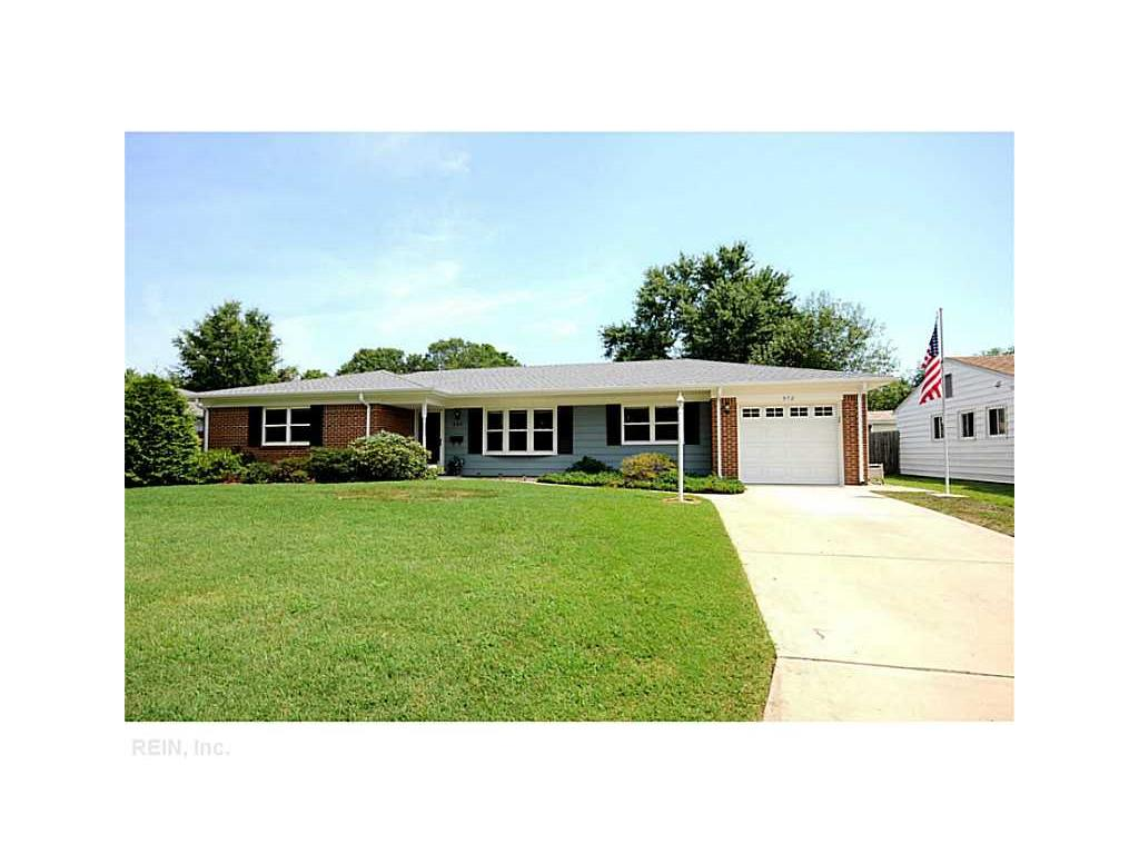 572 Brentwater Rd, Virginia Beach, VA 23452