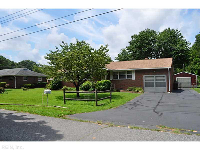 1041 Saint Lawrence Drive, Chesapeake, VA 23325