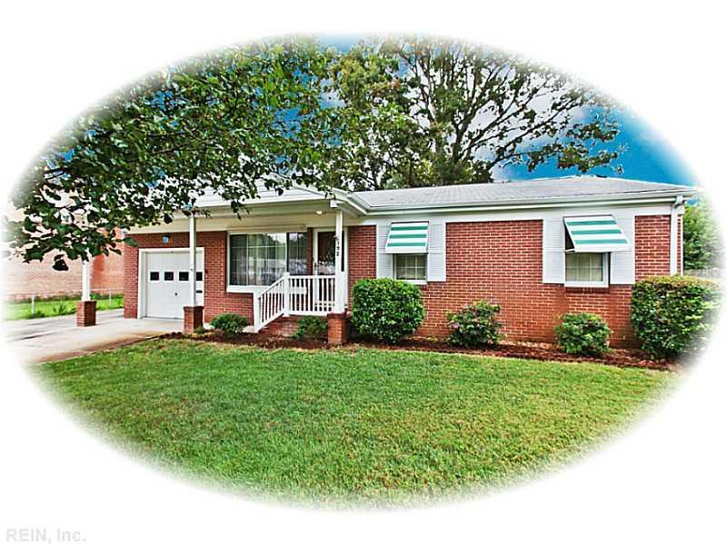 192 Gate St, Newport News, VA 23602