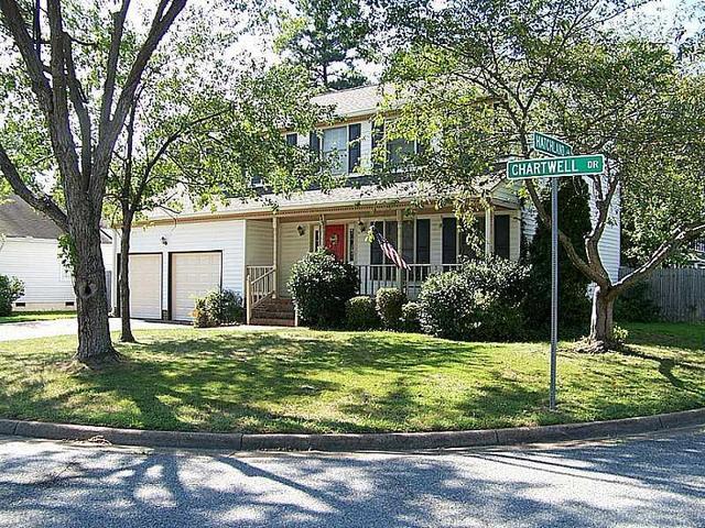 943 Chartwell Dr, Newport News, VA 23608
