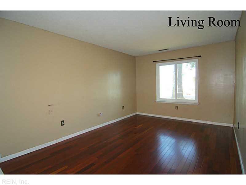 5731 Earnhardt Street, Virginia Beach, VA 23464
