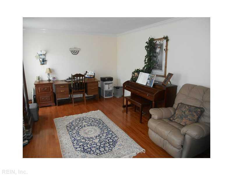 1412 Chartfield Court, Virginia Beach, VA 23456