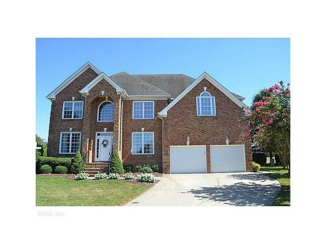 305 Lambardi Ct, Chesapeake, VA 23322