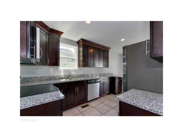 2110 Silbert Rd, Norfolk, VA 23509