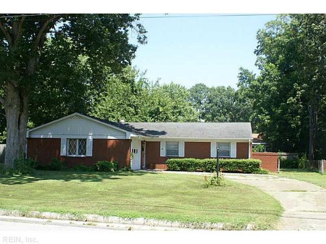 95 Adams Dr, Newport News, VA 23601