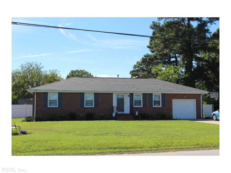 5909 Knotts Neck Rd, Suffolk, VA 23435