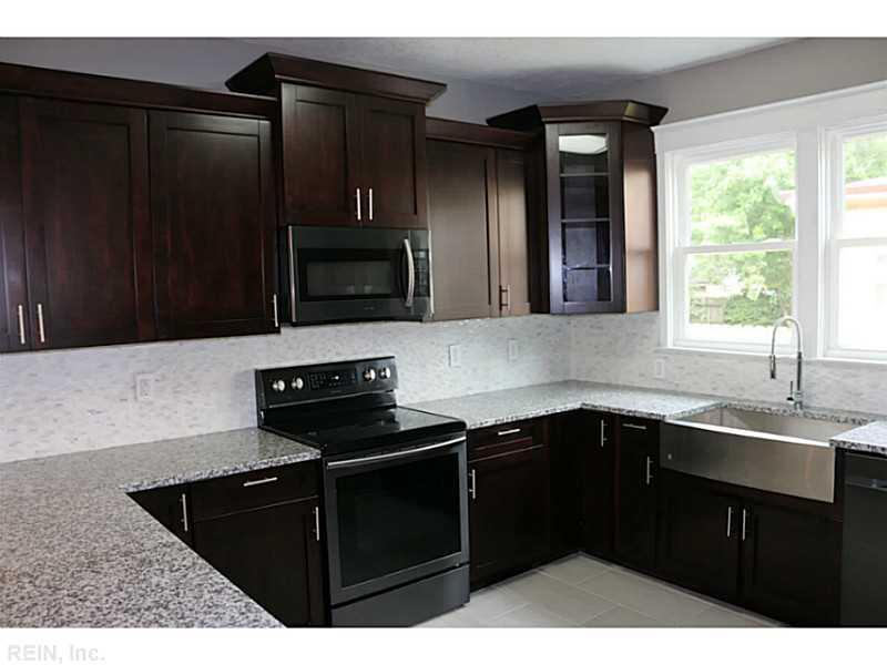 425 Lee Street, Hampton, VA 23669