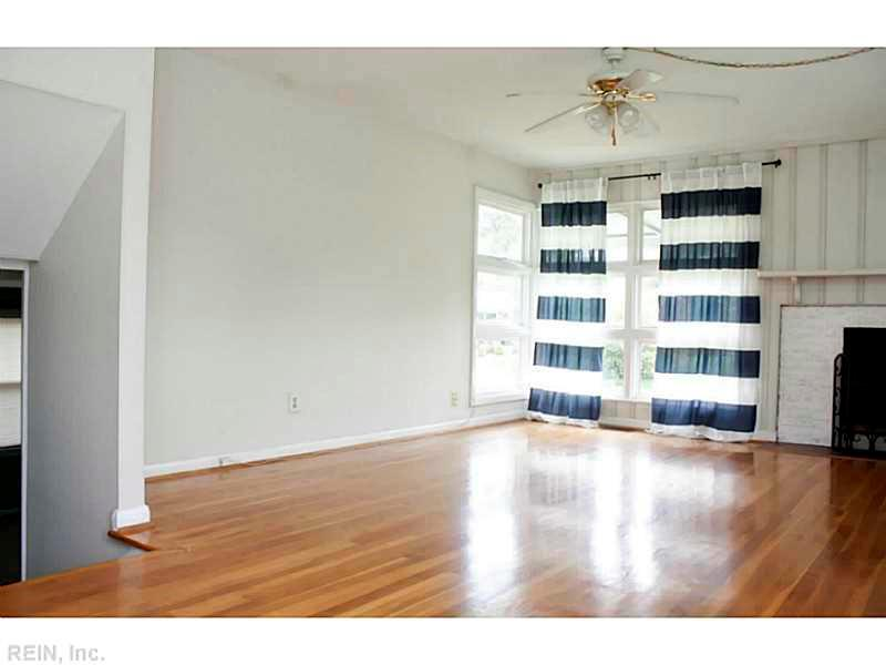 62 Ferguson Lane, Newport News, VA 23601