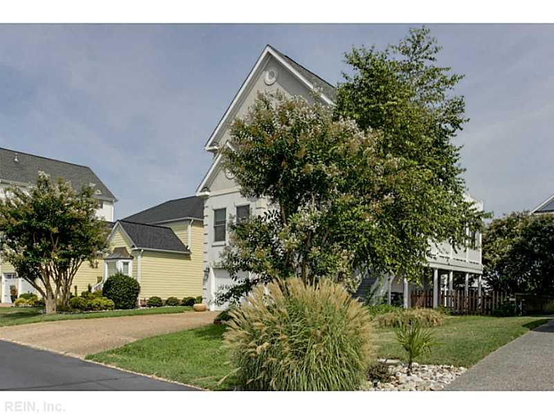 27 Channel Lane, Hampton, VA 23664