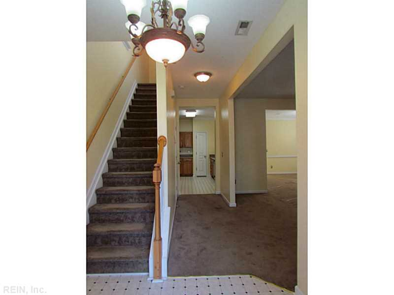 211 W Gilbert Street, Hampton, VA 23669
