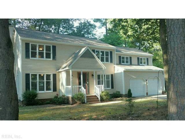 100 Edgewood Ct, Yorktown, VA 23692