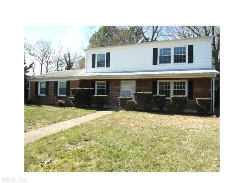 126 Horseshoe Lndg, Hampton, VA 23669