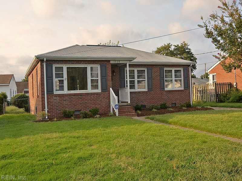 1538 Grove St, Hampton, VA 23664