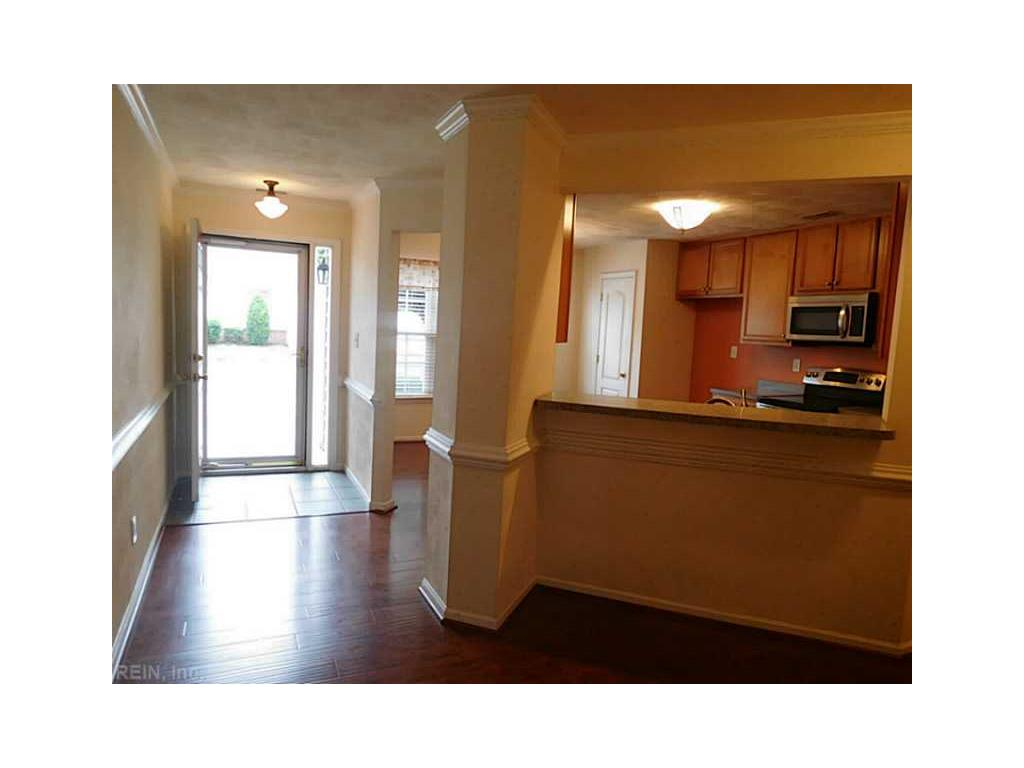 4513 Carriage Drive #4513, Virginia Beach, VA 23462