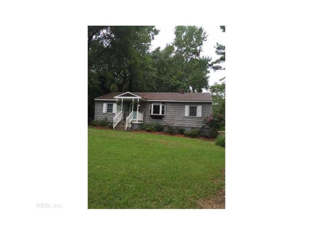 324 Gallbush Rd, Chesapeake, VA 23322