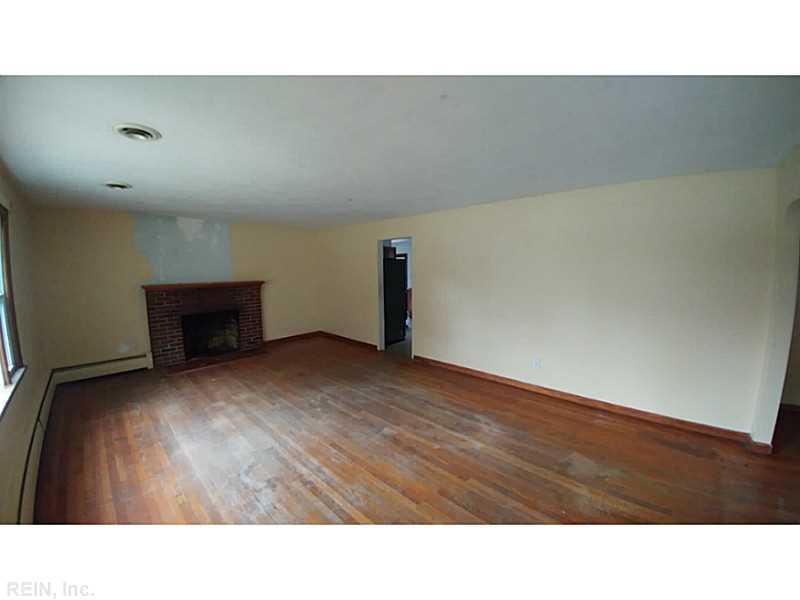 1516 Briarfield Road, Hampton, VA 23666
