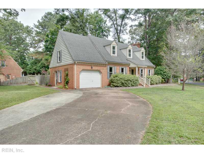 500 Wickwood Drive, Chesapeake, VA 23322
