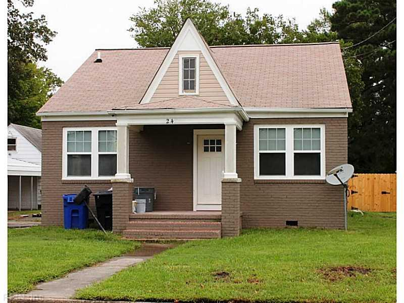 2420 Greenwood Dr, Portsmouth, VA 23702