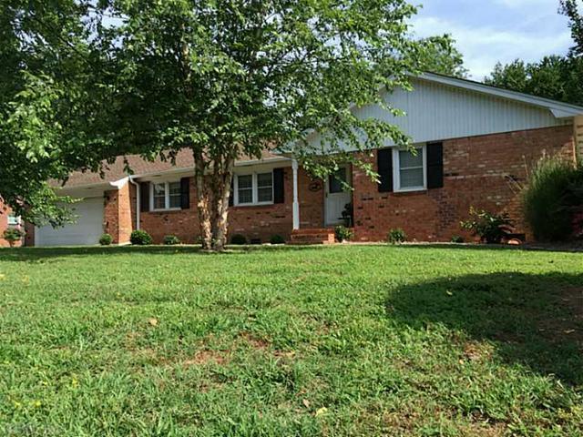 488 Beauregard Dr, Chesapeake, VA 23322