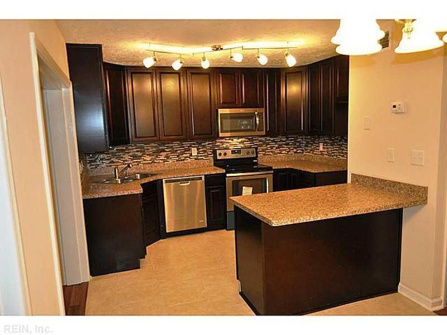 5522 New Colony Dr, Virginia Beach, VA 23464