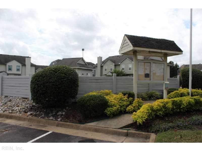 210 Attwick Court, Chesapeake, VA 23320