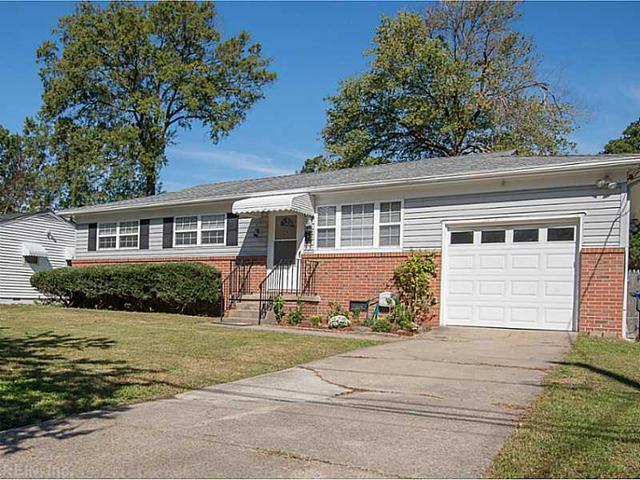 840 Brentwood Dr, Norfolk, VA 23518