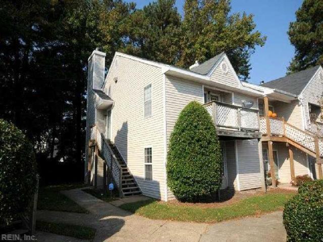 12 Lyford Ky #A, Hampton, VA 23666