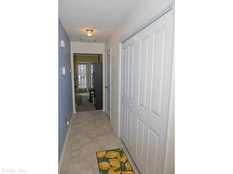 3310 Golden Oaks Lane, Chesapeake, VA 23321